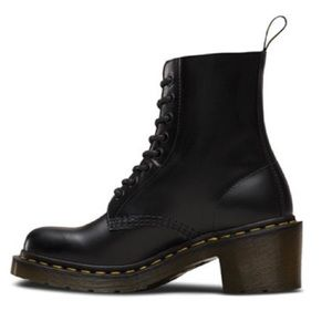 NIB Dr. Martens Clemency Heeled Lace Up Boots 8/39